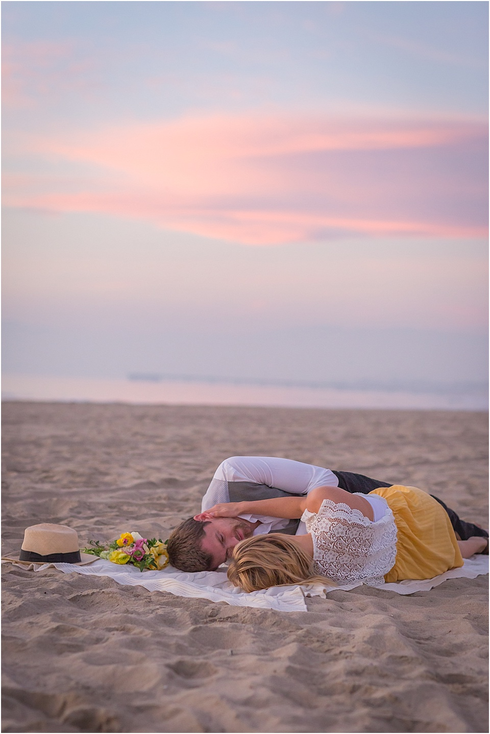 engagement pictures, los angeles wedding photographer, beach, valentines theme