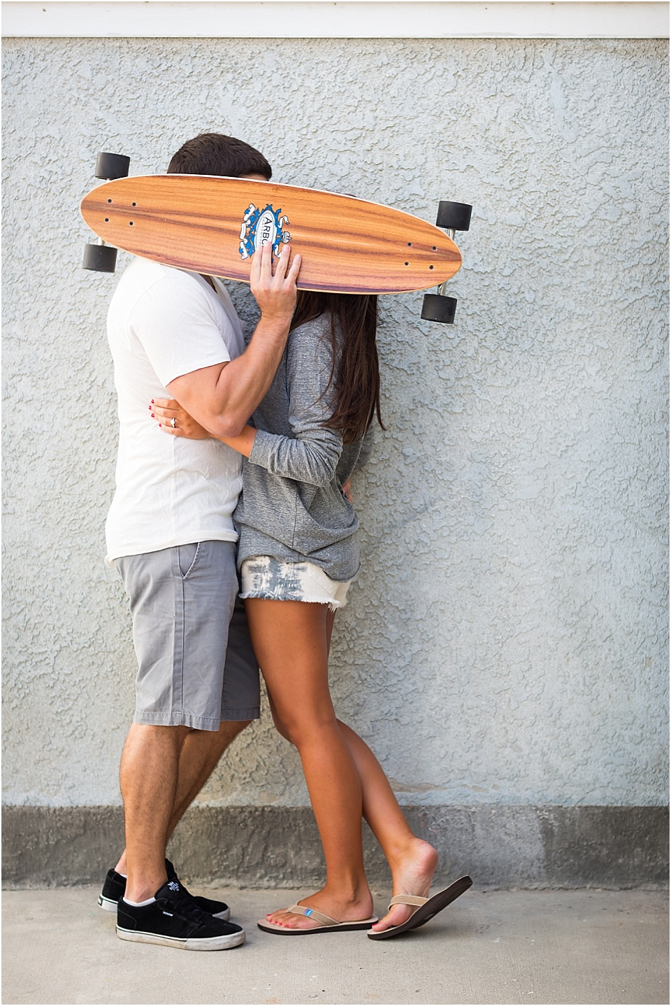 Manhattan Beach - Long boarding - Engagement Photos {Valorie Darling Photography} - 10325.jpg
