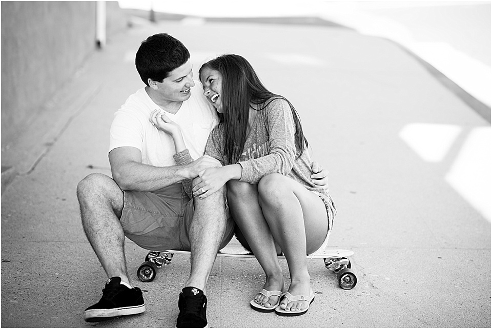 Manhattan Beach - Long boarding - Engagement Photos {Valorie Darling Photography} - 10341.jpg