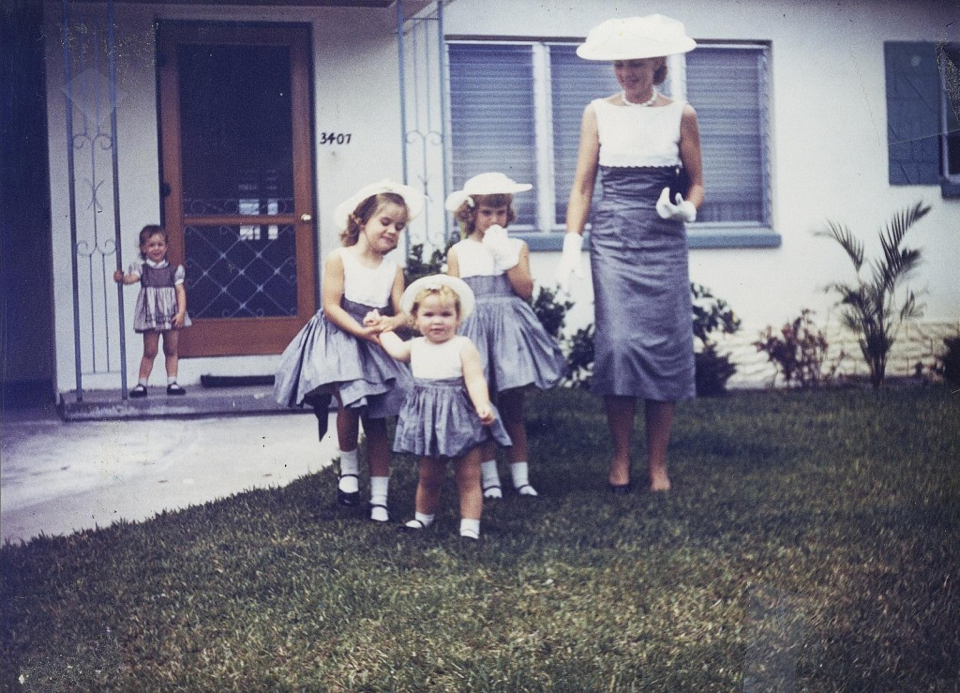 Dorothy Dahl and children in matching outfits