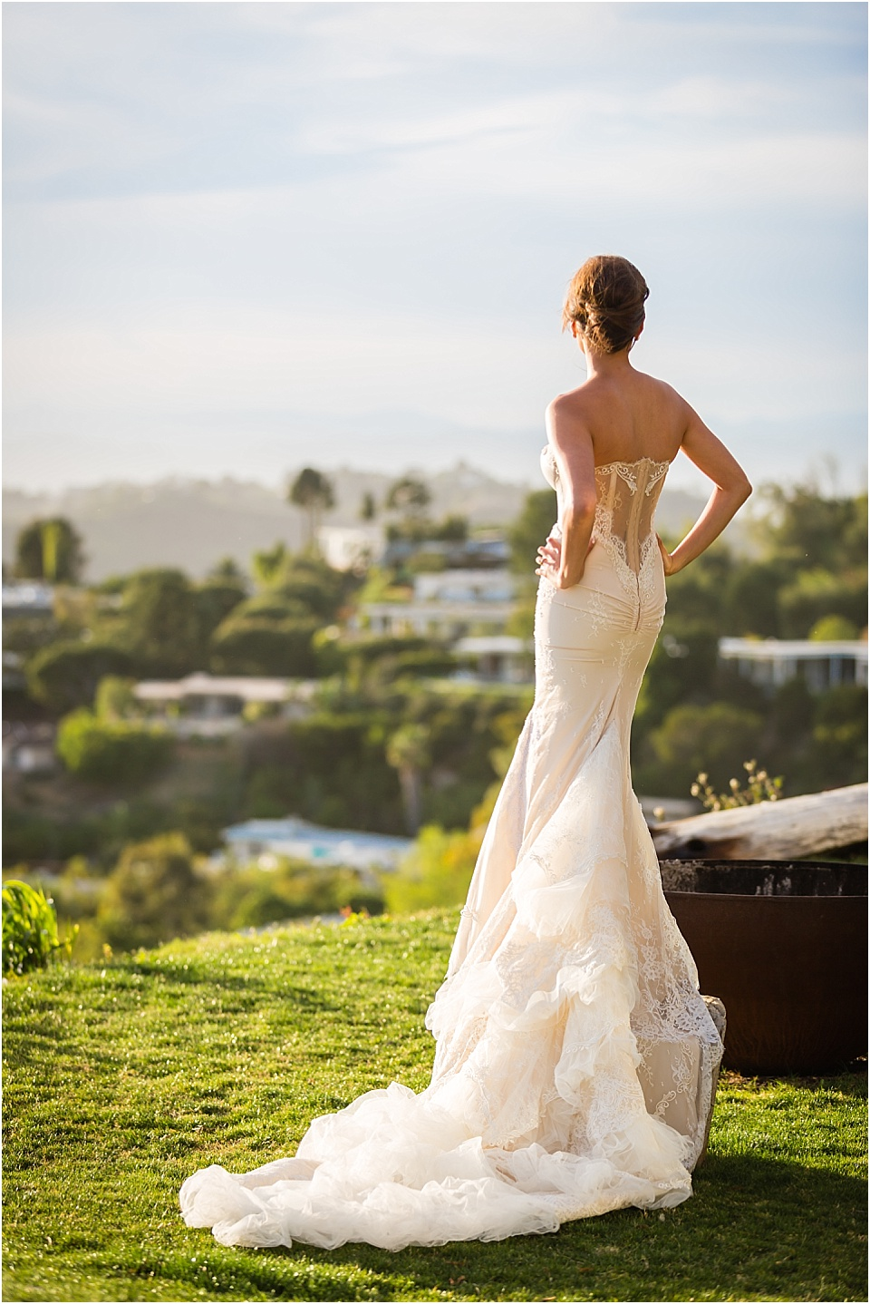 Los Angeles Hills Elopement, Inbal Dror Wedding Dress, Treehouse, 360 Views of LA, City Sky line Wedding, Hollywood Hills Wedding, Valorie Darling Photography, Los Angeles Wedding Photographer